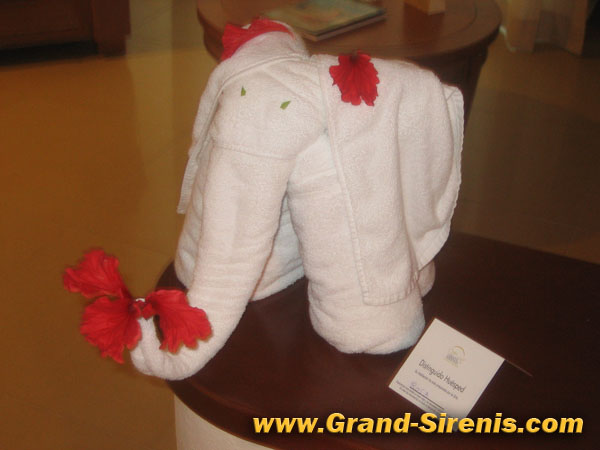 grand sirenis towel elephant